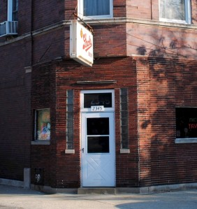 Mickey's, a great Chicago dive bar in Bucktown