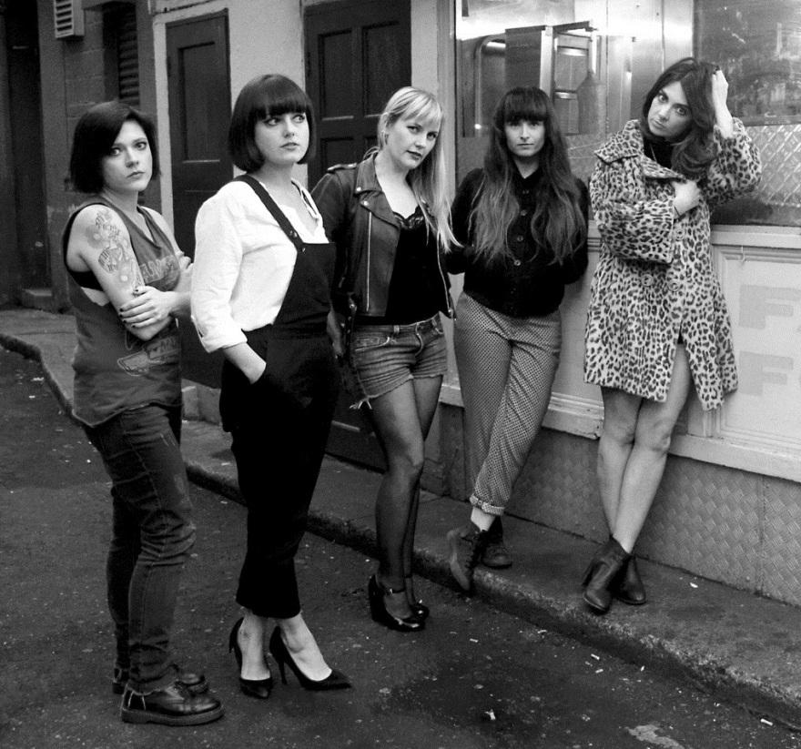 september-girls-photo
