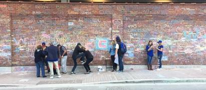 wrigley_field_chalk_wall